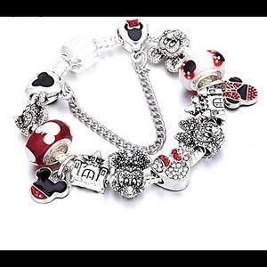 New Minnie Mouse Charm Bracelet